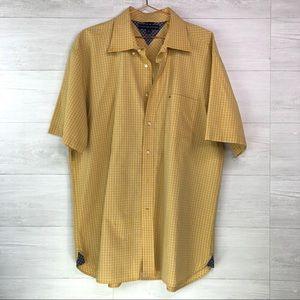 Tommy Hilfiger Men's Shirt Size XL